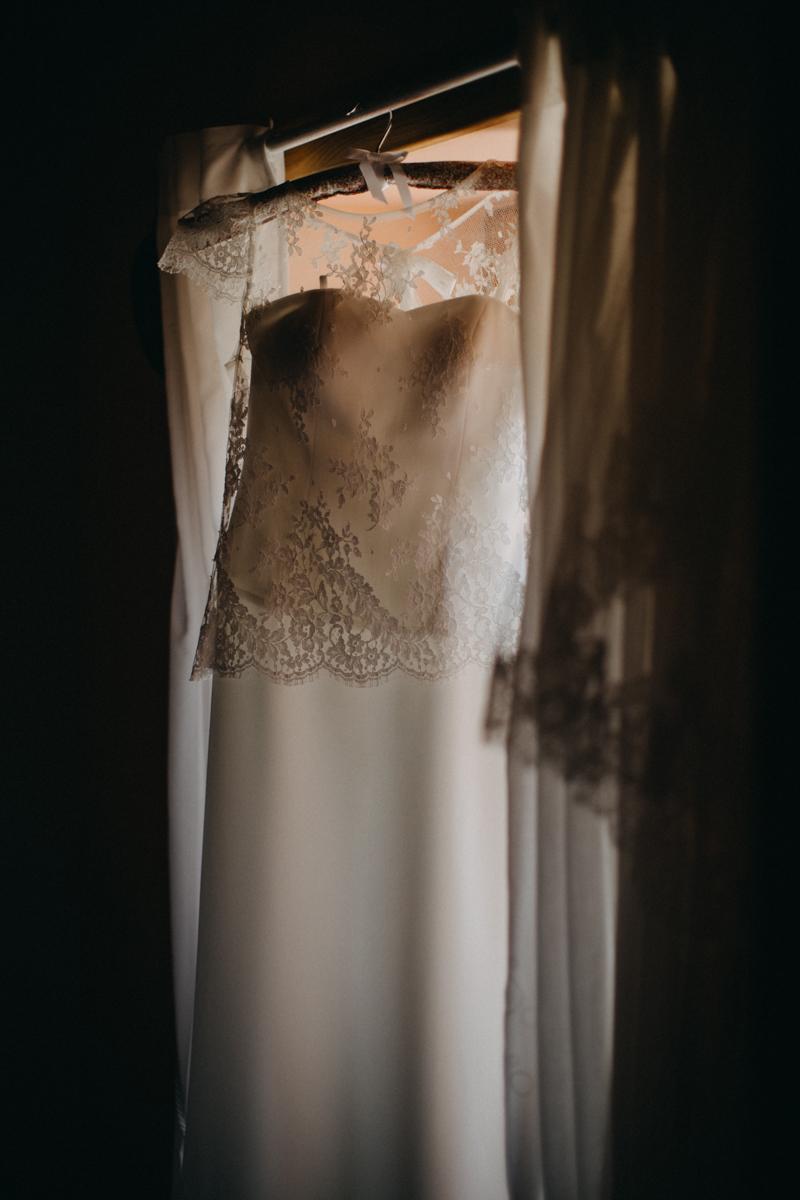 Photographe reportage mariage Lyon love sessin destination wedding photographer Paris Bordeaux Geneve folk boho boheme-1