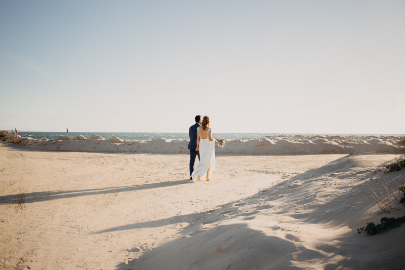 Photographe mariage reportage destination wedding photographer Cap Ferret Bartherotte Gironde Bordeaux mer sable plage mariee-103