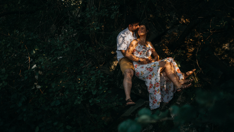 Photographe mariage reportage love session photo seance engagement wedding amour lumiere nature moody-16