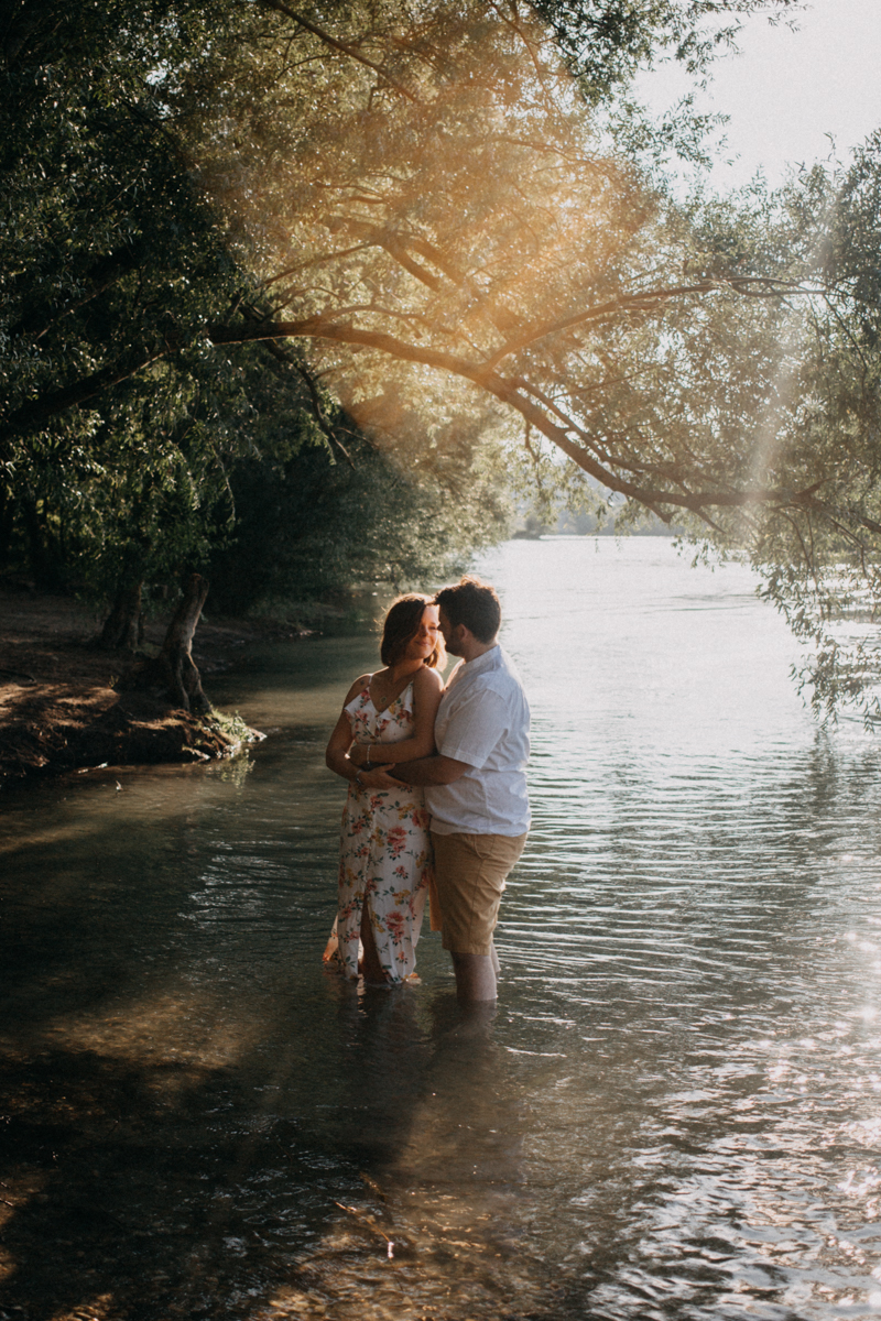 Photographe mariage reportage love session photo seance engagement wedding amour lumiere nature moody-6