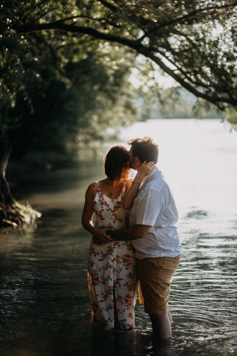 Photographe mariage reportage love session photo seance engagement wedding amour lumiere nature moody-9