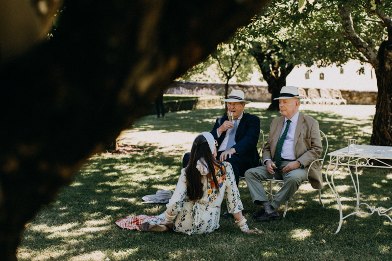Photographe mariage wedding photographer reportage reporter France destination love session dordogne chateau de lacoste-109