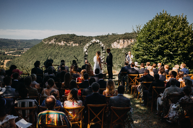 Photographe mariage wedding photographer reportage reporter France destination love session dordogne chateau de lacoste-85