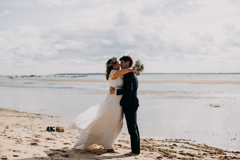 wedding photographer mariage reportage seance photo arcachon mariee bride Bordeaux cap ferret plage love session amour couple-35