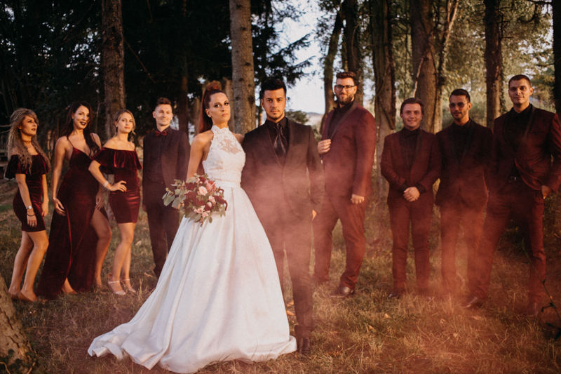 Photographe mariage seance photo reportage wedding photographer destination domaine des saints peres montagnole sorcier wood foret dark harry potter boho moody-79