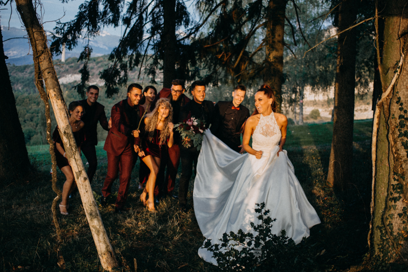 Photographe mariage seance photo reportage wedding photographer destination domaine des saints peres montagnole sorcier wood foret dark harry potter boho moody-83