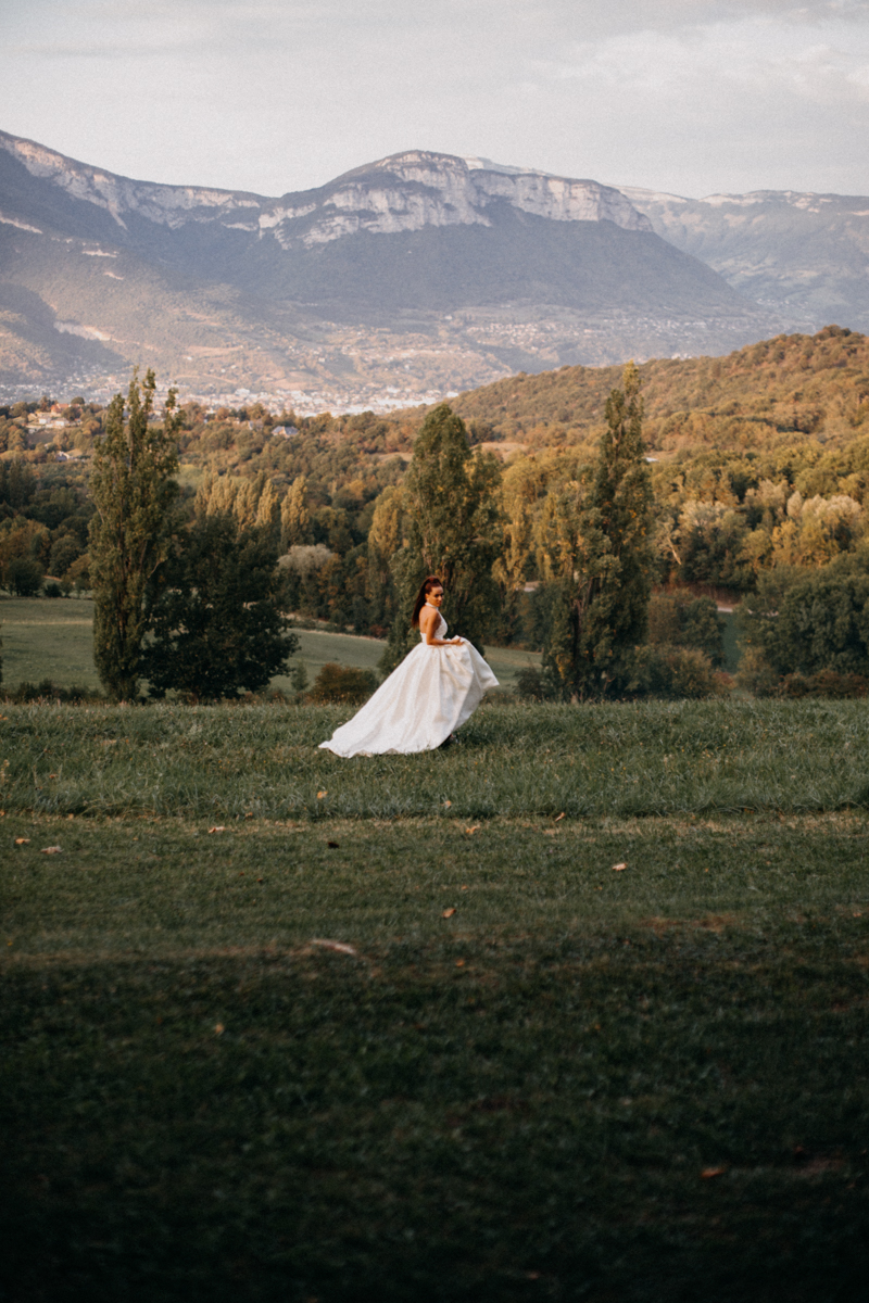 Photographe mariage seance photo reportage wedding photographer destination domaine des saints peres montagnole sorcier wood foret dark harry potter boho moody-88