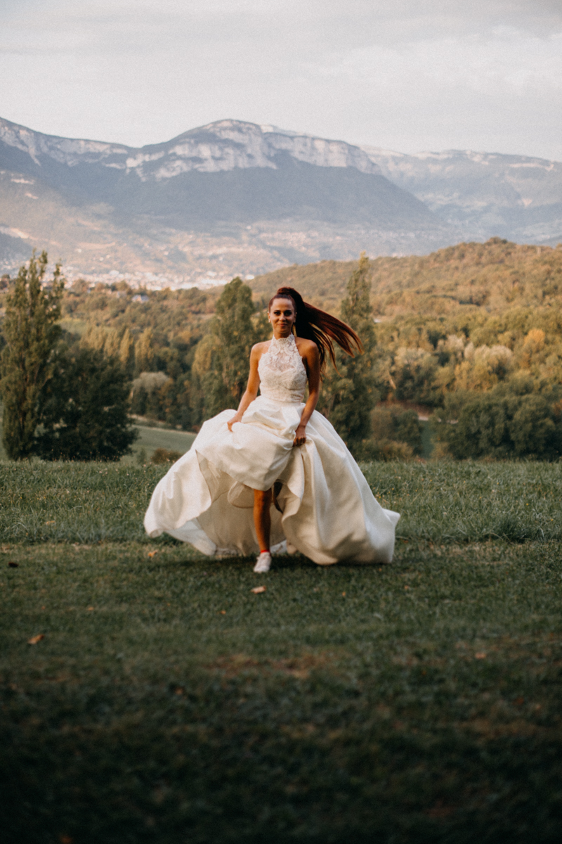Photographe mariage seance photo reportage wedding photographer destination domaine des saints peres montagnole sorcier wood foret dark harry potter boho moody-89