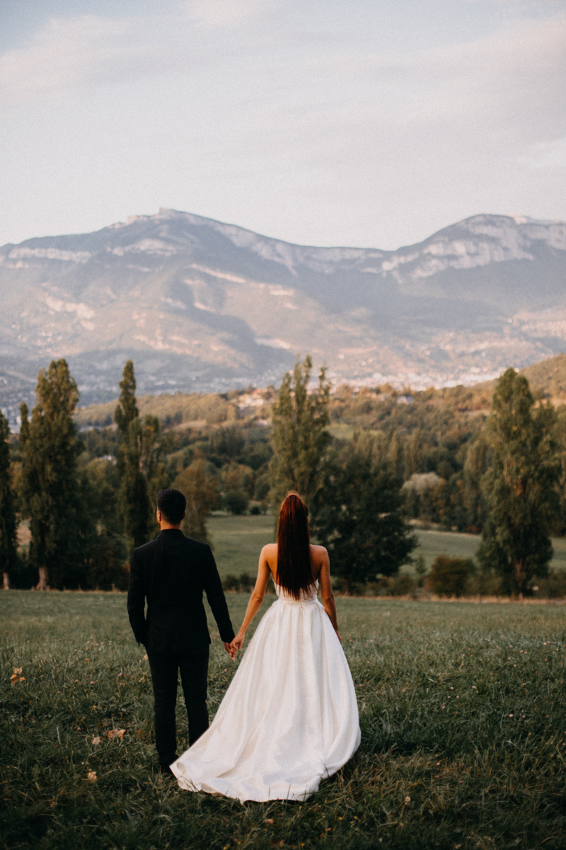 Photographe mariage seance photo reportage wedding photographer destination domaine des saints peres montagnole sorcier wood foret dark harry potter boho moody-95