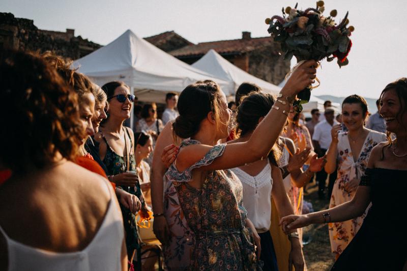 Photographe reportage mariage wedding love session destination fumigene boho wild rock-133