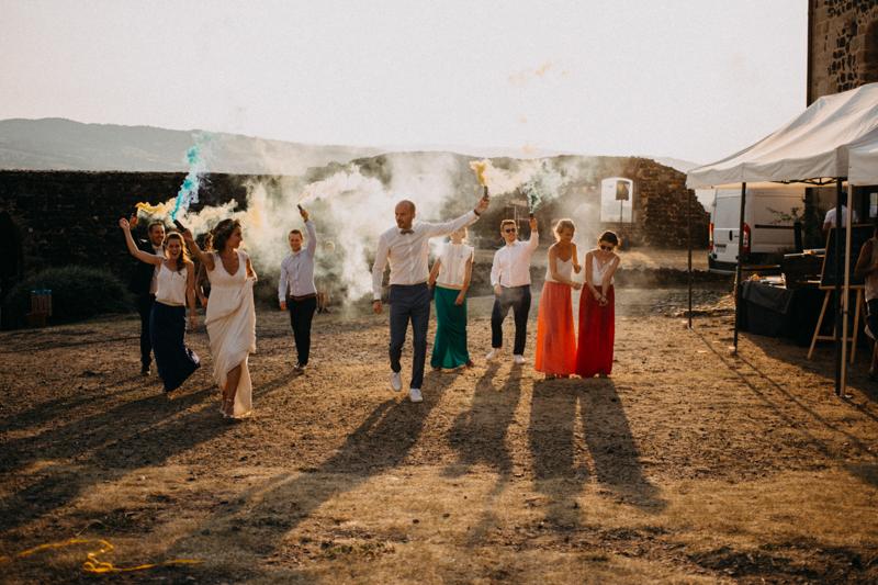Photographe reportage mariage wedding love session destination fumigene boho wild rock-148