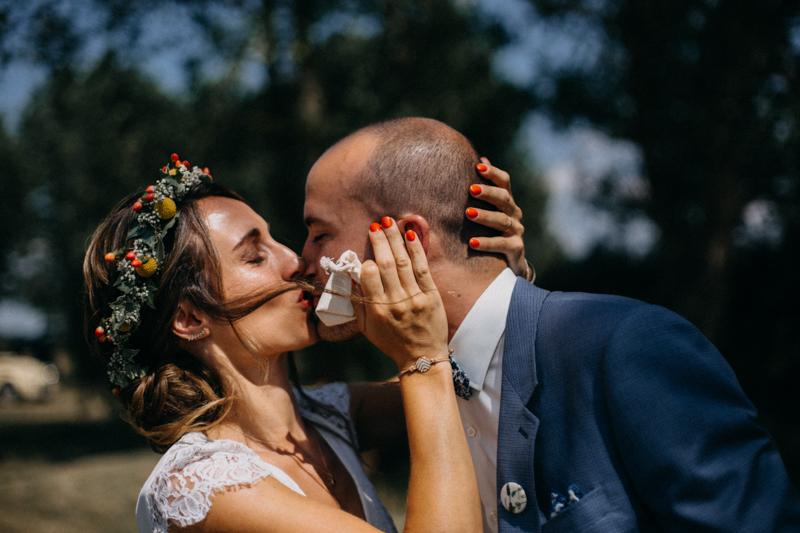 Photographe reportage mariage wedding love session destination fumigene boho wild rock-48