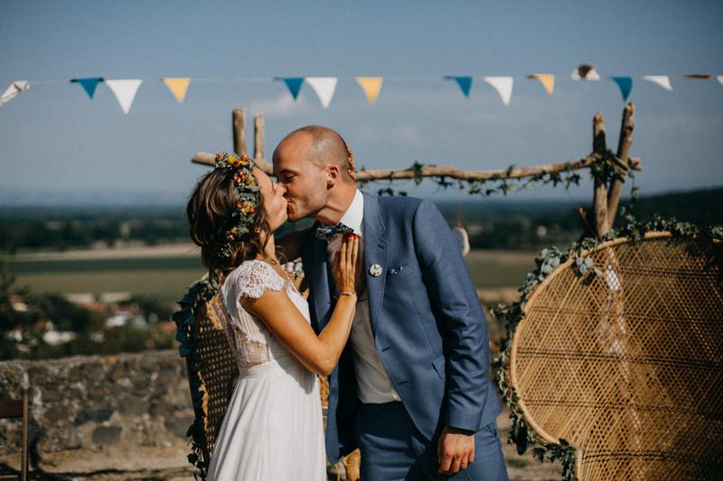 Photographe reportage mariage wedding love session destination fumigene boho wild rock-97