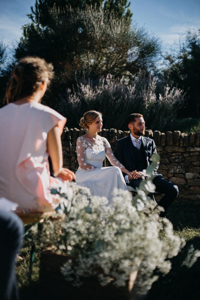 photographe mariage reportage photo love session destination wedding Lyon Provence moody amour couple-103