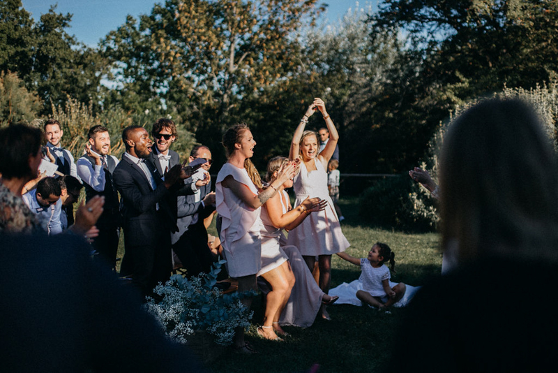 photographe mariage reportage photo love session destination wedding Lyon Provence moody amour couple-137