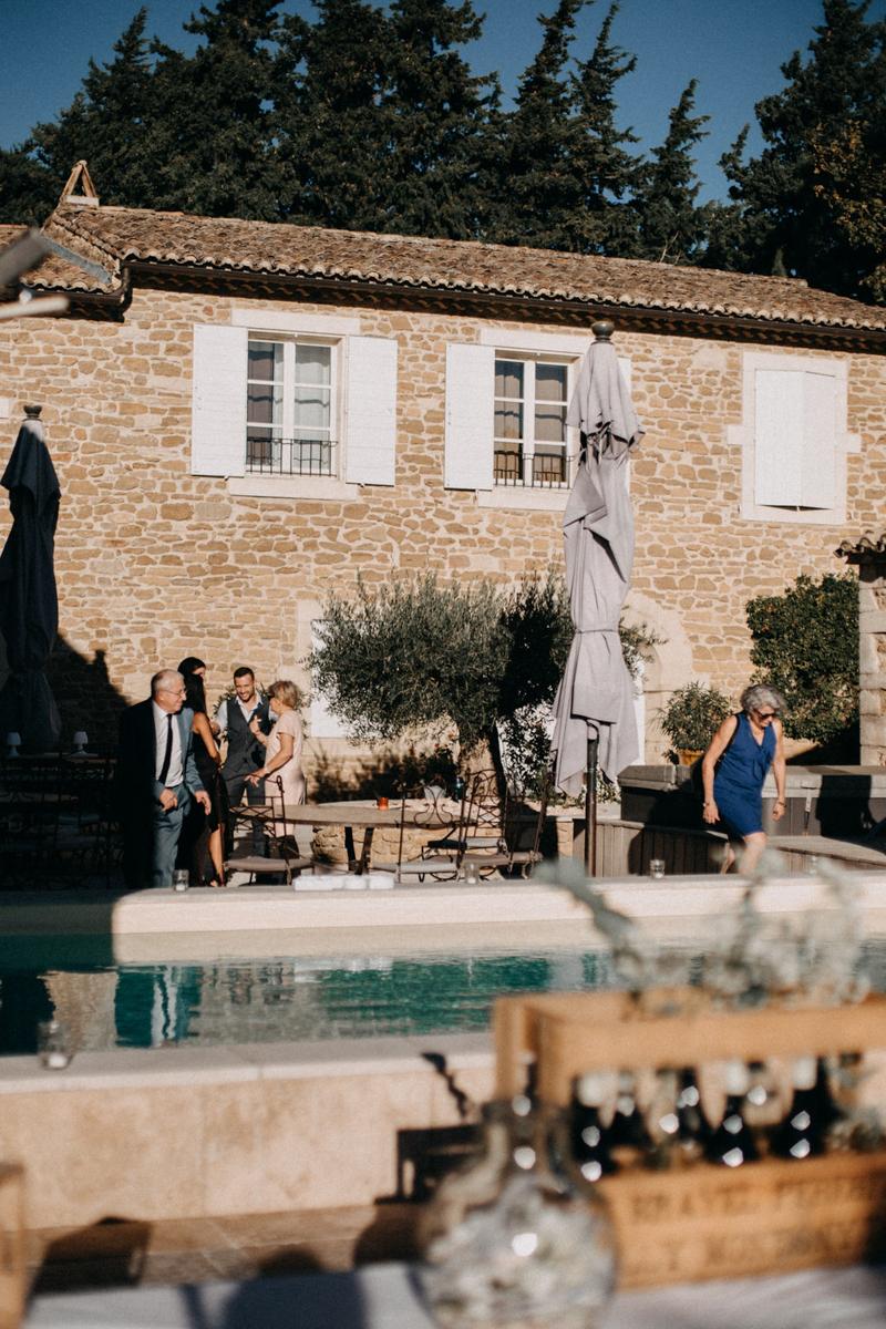 photographe mariage reportage photo love session destination wedding Lyon Provence moody amour couple-145