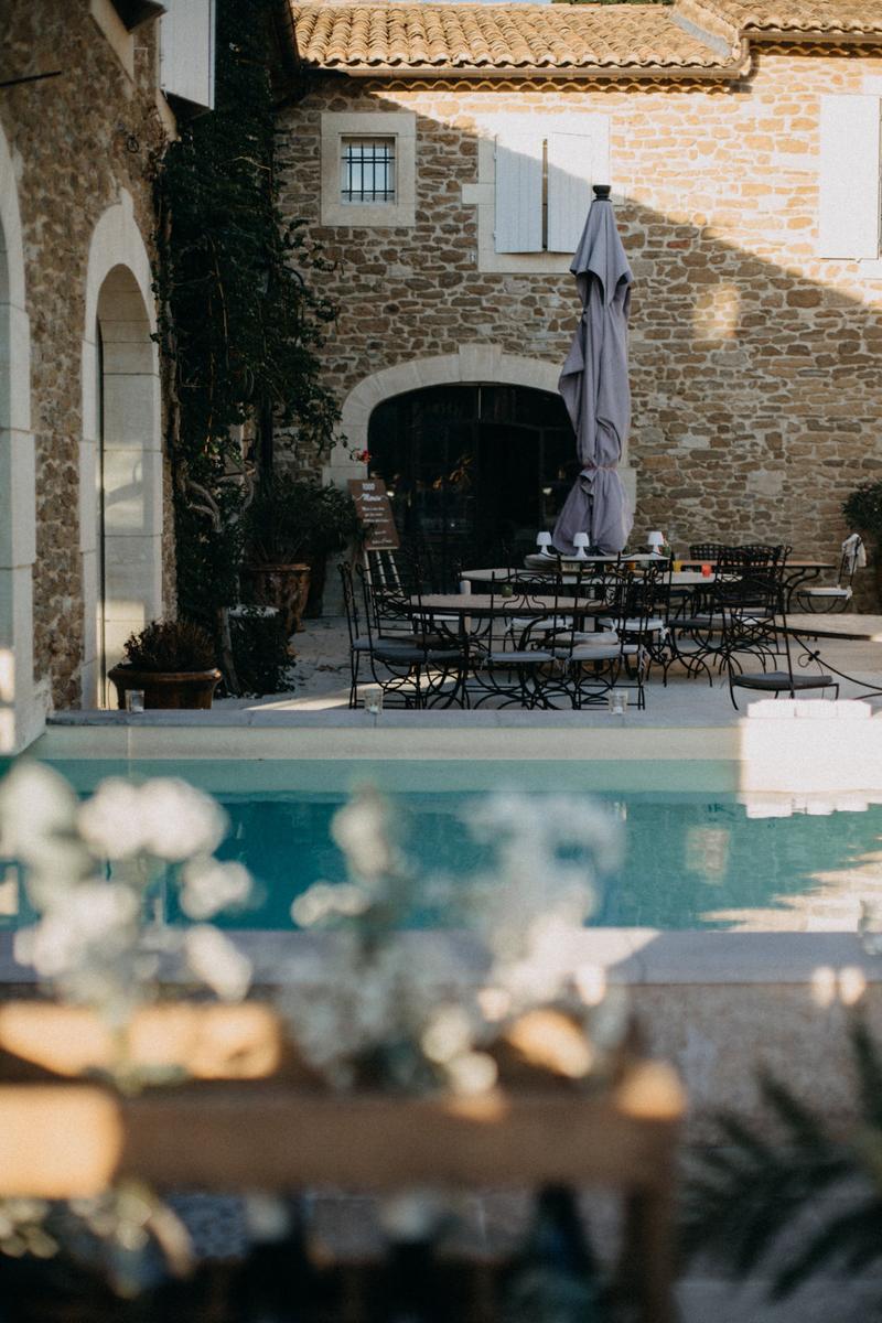photographe mariage reportage photo love session destination wedding Lyon Provence moody amour couple-155