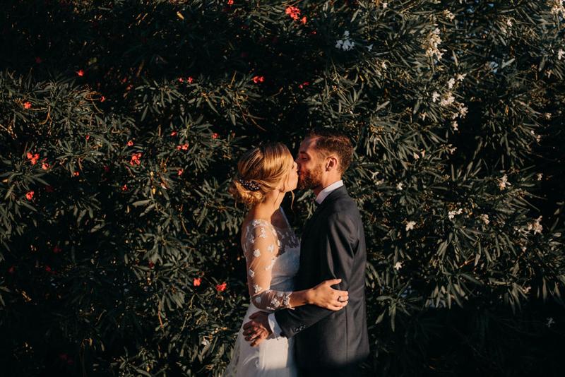 photographe mariage reportage photo love session destination wedding Lyon Provence moody amour couple-159