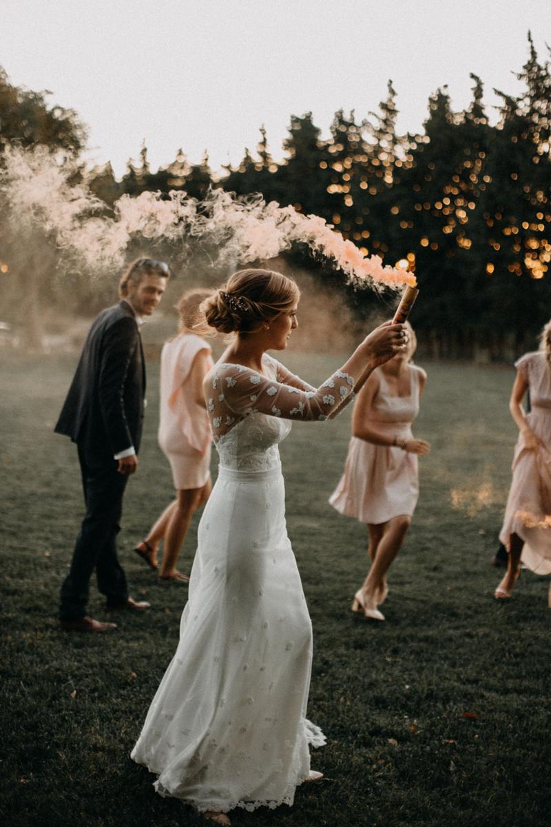 photographe mariage reportage photo love session destination wedding Lyon Provence moody amour couple-169