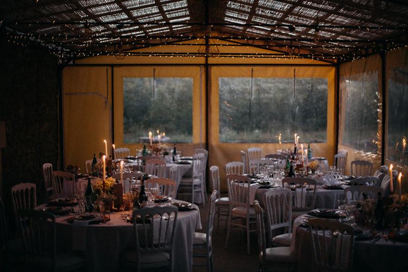 photographe mariage reportage photo love session destination wedding Lyon Provence moody amour couple-182