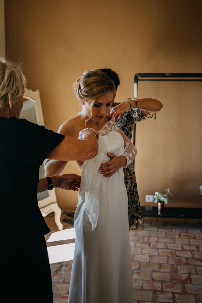 photographe mariage reportage photo love session destination wedding Lyon Provence moody amour couple-29