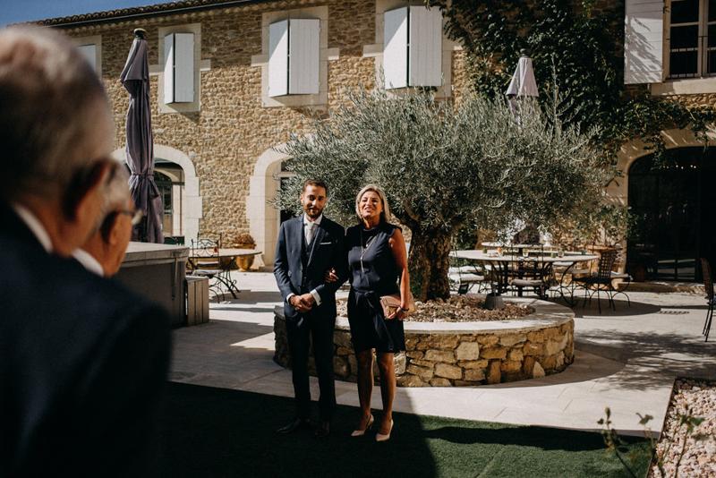 photographe mariage reportage photo love session destination wedding Lyon Provence moody amour couple-46