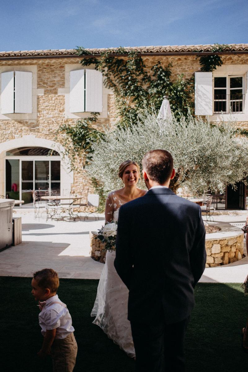 photographe mariage reportage photo love session destination wedding Lyon Provence moody amour couple-50