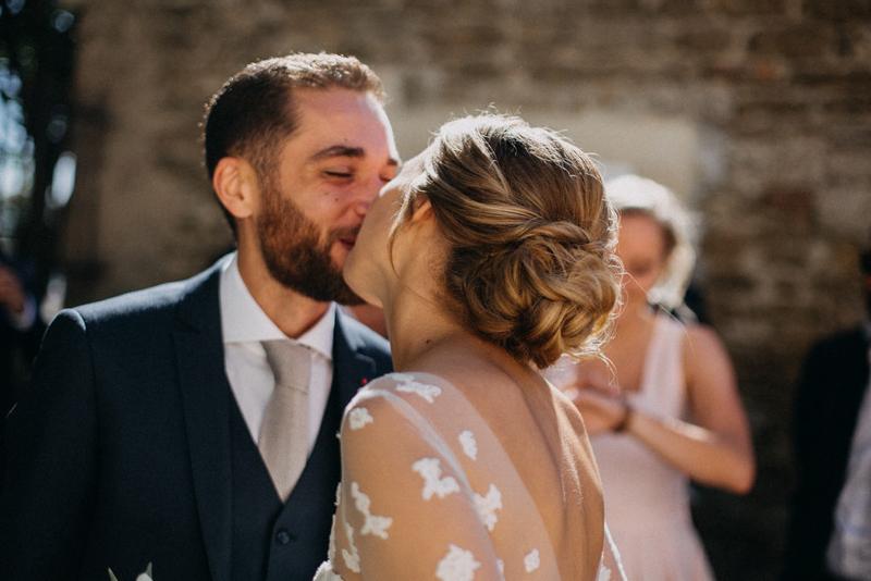 photographe mariage reportage photo love session destination wedding Lyon Provence moody amour couple-57
