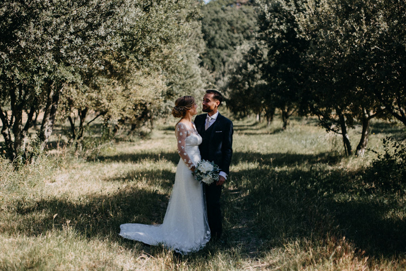 photographe mariage reportage photo love session destination wedding Lyon Provence moody amour couple-62