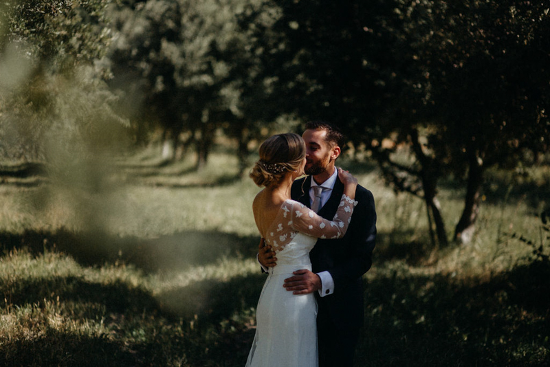 photographe mariage reportage photo love session destination wedding Lyon Provence moody amour couple-64