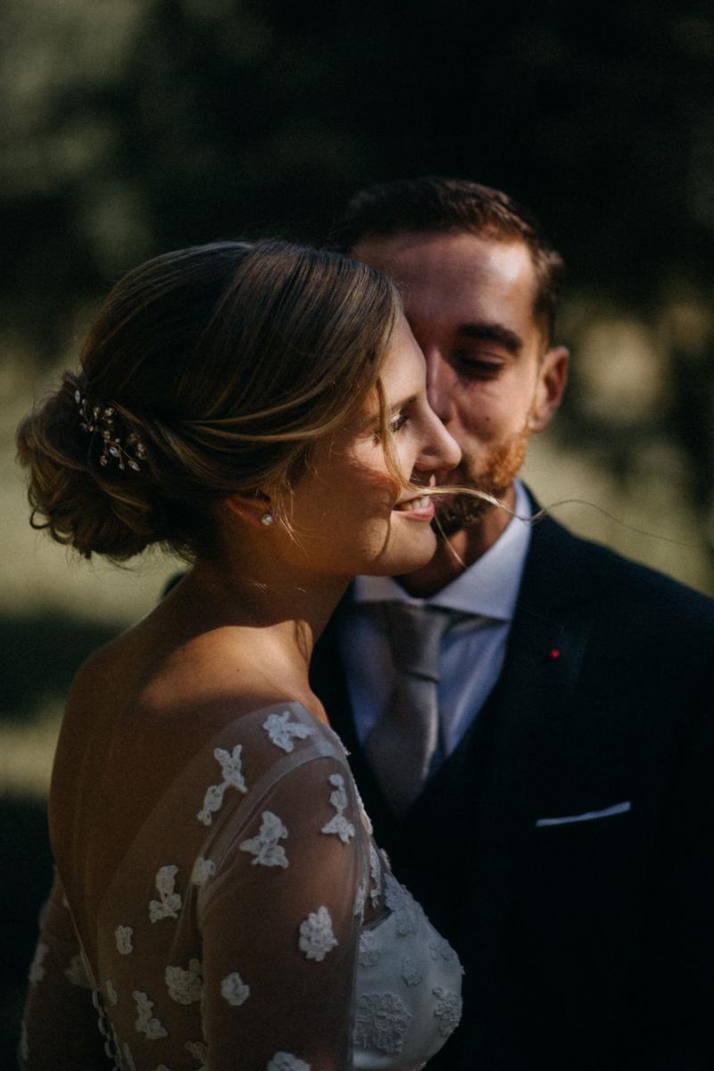 photographe mariage reportage photo love session destination wedding Lyon Provence moody amour couple-66