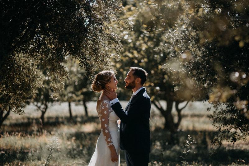 photographe mariage reportage photo love session destination wedding Lyon Provence moody amour couple-76