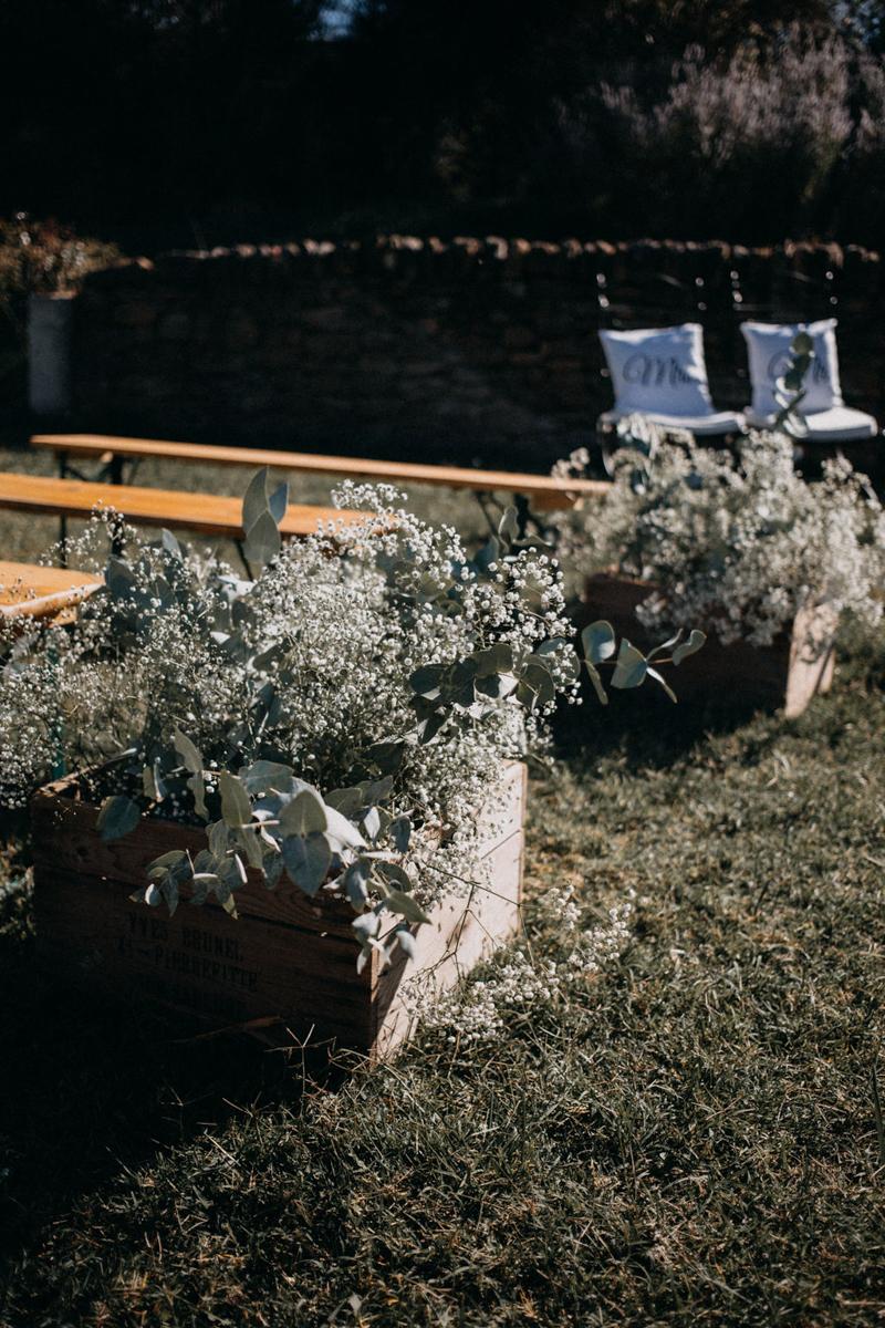 photographe mariage reportage photo love session destination wedding Lyon Provence moody amour couple-86