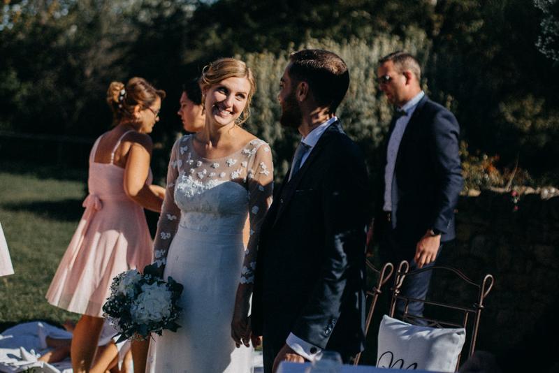 photographe mariage reportage photo love session destination wedding Lyon Provence moody amour couple-95