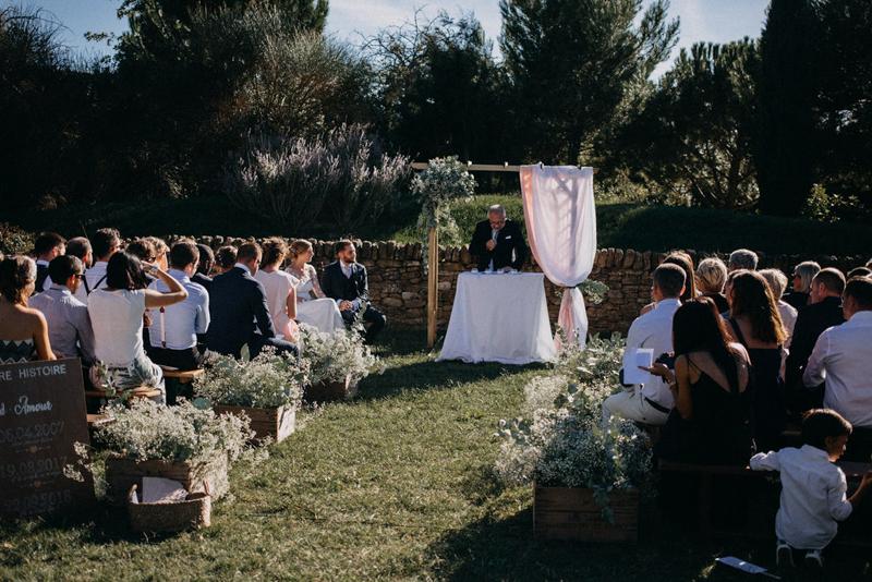 photographe mariage reportage photo love session destination wedding Lyon Provence moody amour couple-96