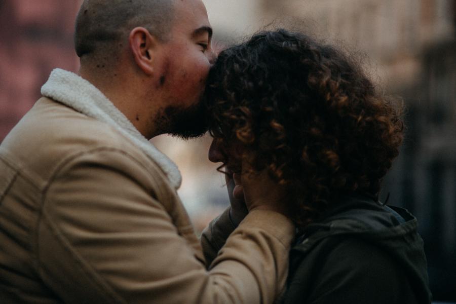 photographe love session engagement mariage couple amour Lyon soleil tag la croix rousse-2