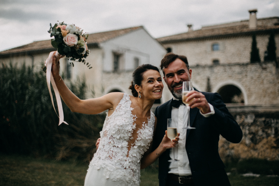 Photographe mariage seance photo wedding reportage couple love session domaine de patras provence-113