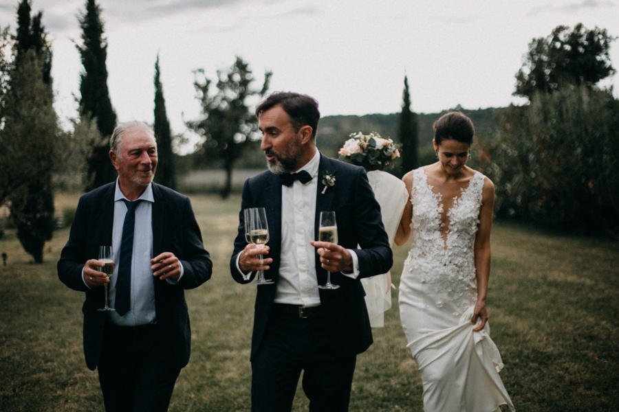 Photographe mariage seance photo wedding reportage couple love session domaine de patras provence-114