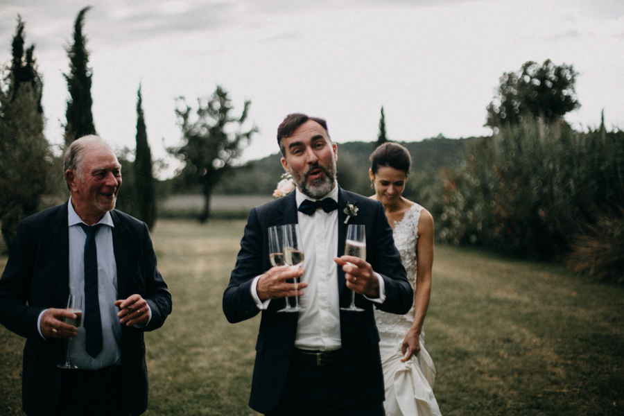 Photographe mariage seance photo wedding reportage couple love session domaine de patras provence-115