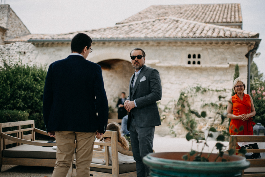 Photographe mariage seance photo wedding reportage couple love session domaine de patras provence-40