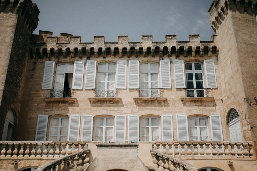reportage photo mariage seance reportage amour love session chateau de la barben aix en provence lumiere light coucher de soleil-10
