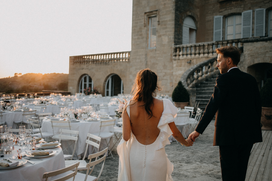 reportage photo mariage seance reportage amour love session chateau de la barben aix en provence lumiere light coucher de soleil-239