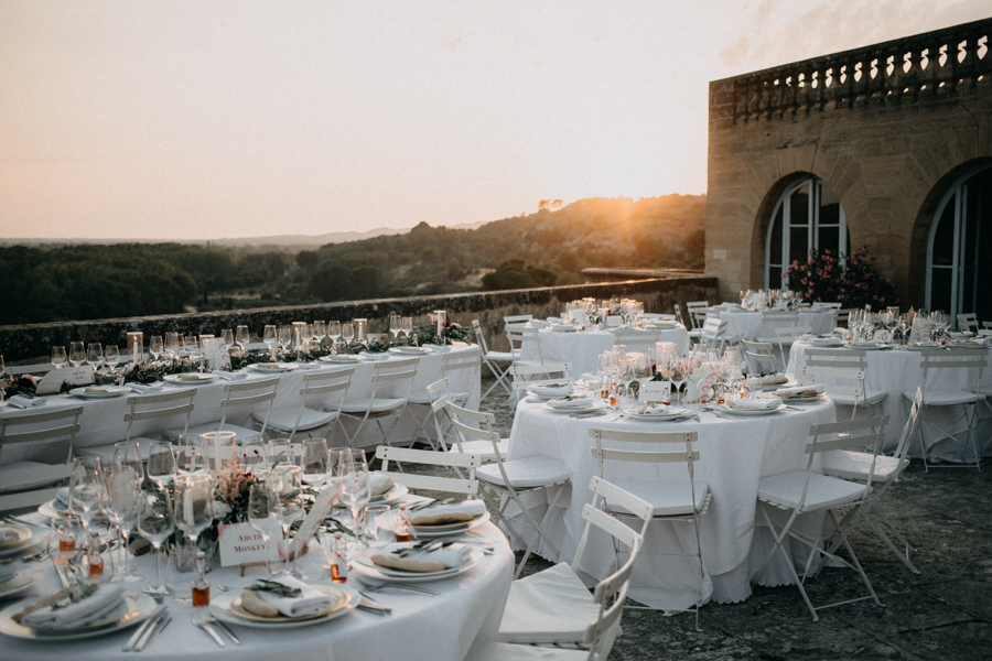 reportage photo mariage seance reportage amour love session chateau de la barben aix en provence lumiere light coucher de soleil-243