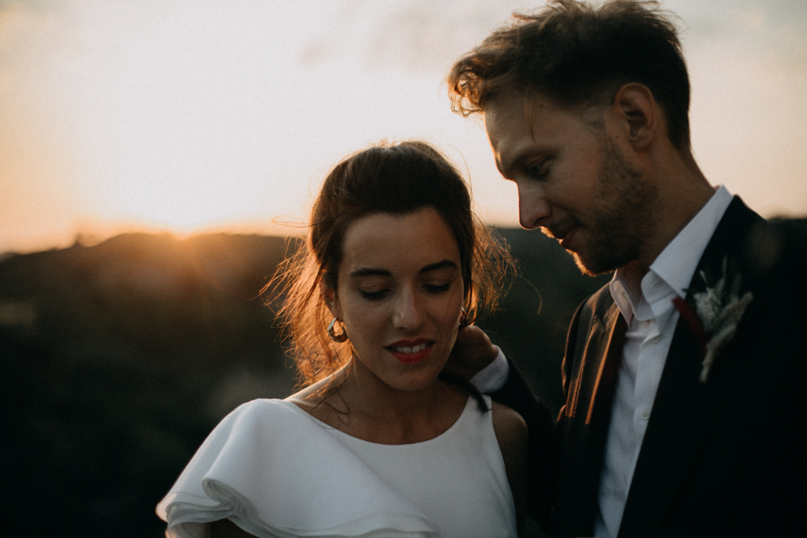 reportage photo mariage seance reportage amour love session chateau de la barben aix en provence lumiere light coucher de soleil-249