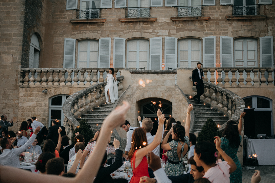 reportage photo mariage seance reportage amour love session chateau de la barben aix en provence lumiere light coucher de soleil-266
