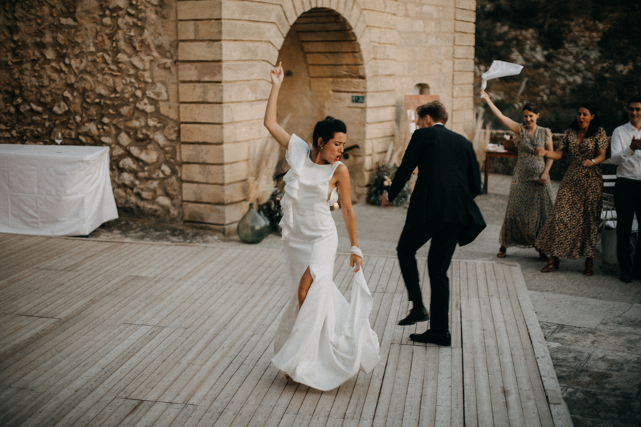 reportage photo mariage seance reportage amour love session chateau de la barben aix en provence lumiere light coucher de soleil-274