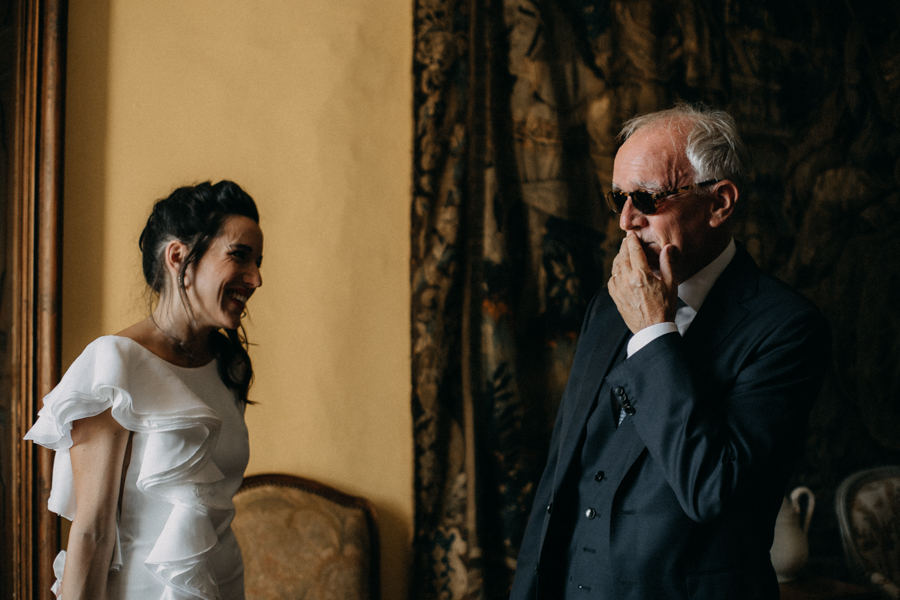 reportage photo mariage seance reportage amour love session chateau de la barben aix en provence lumiere light coucher de soleil-49