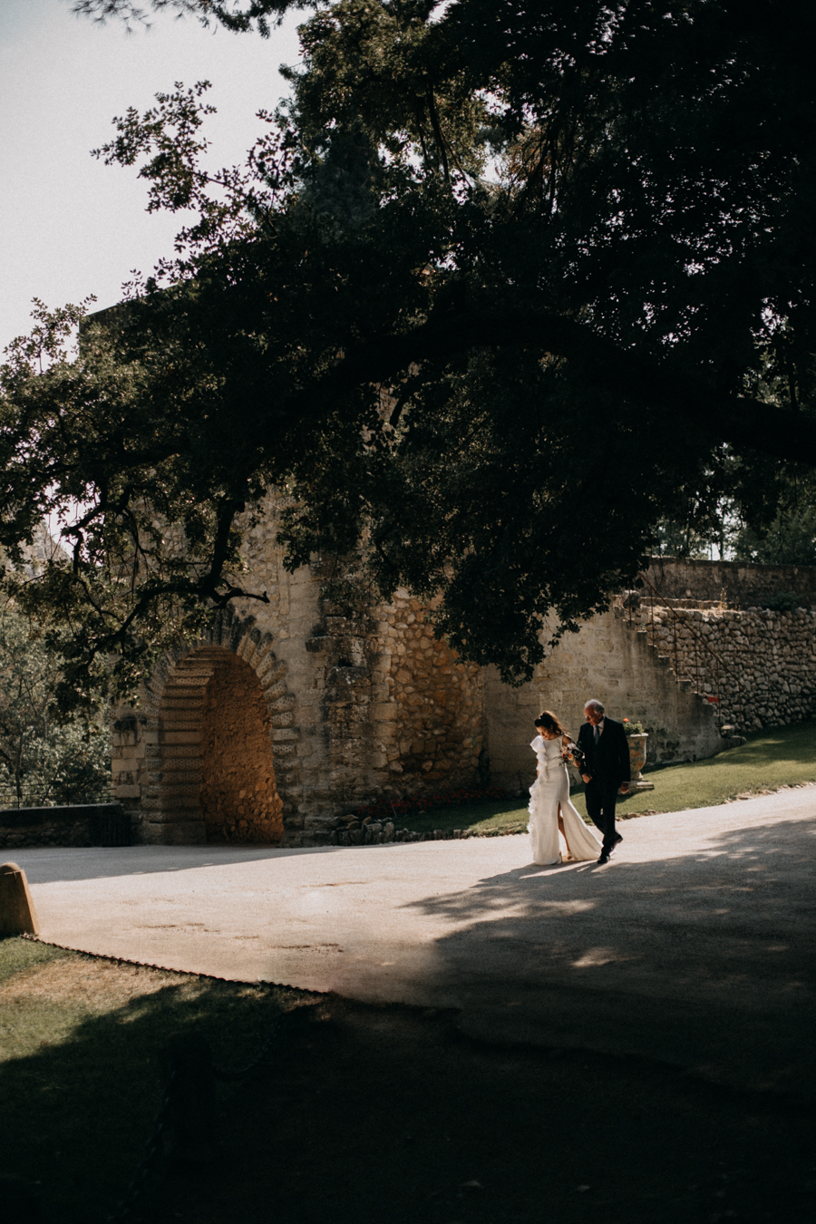 reportage photo mariage seance reportage amour love session chateau de la barben aix en provence lumiere light coucher de soleil-67