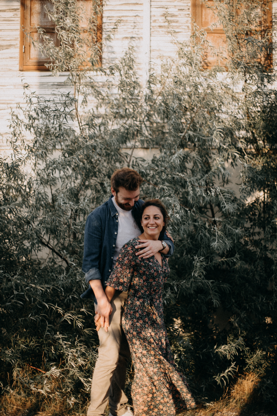 Photographe mariage reportage photo wedding photographer France Lyon Gruissan Narbonne Occitanie coucher de soleil sunset lovers-12
