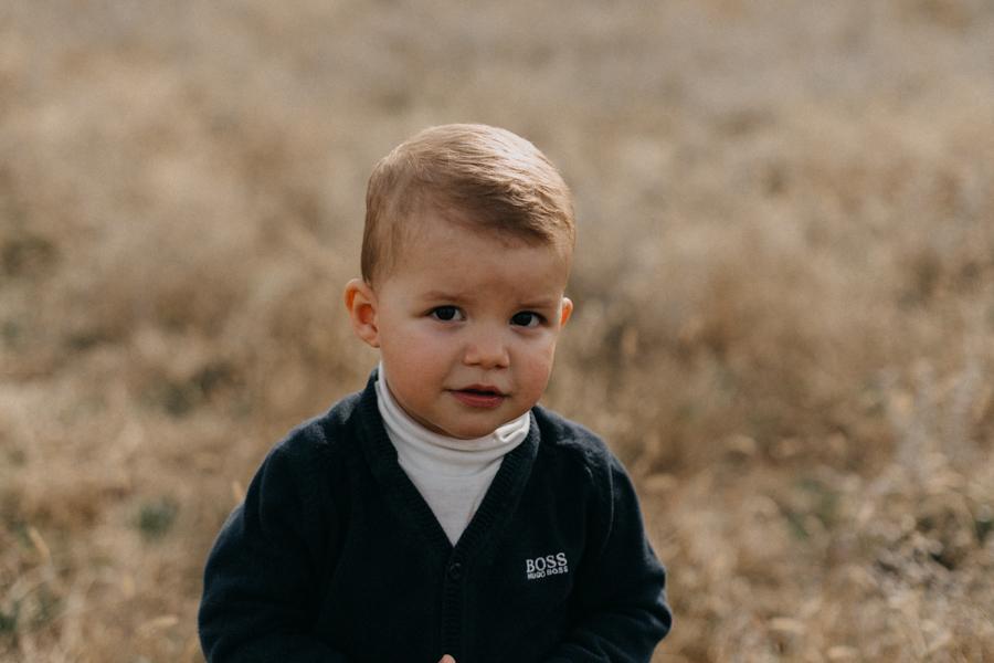photographe famille seance photo lifestyle lyon automne fall lumiere rouge orange bebe-14